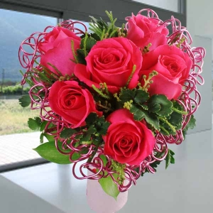 6 Hot Pink Roses With Heart-Shape Wire Mesh Standing Bouquet