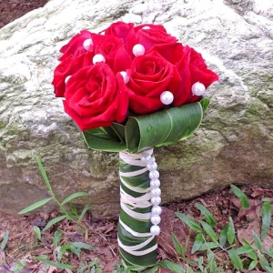 12 Red Roses With Cordyline Foliage Special Bouquet