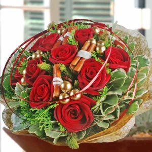 12 Red Roses Round Hand Bouquet