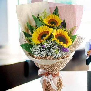3 Sunflower Handbouquet.