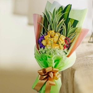12 Yellow Roses Long Wrapping Bouquet