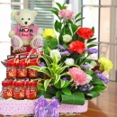 18cm Love Bear With Carnations & bird's nest
