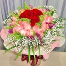 24 Roses Handbouquet ( 21 Peach 3 Red )