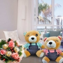 16cm Couple Bear with 3 Roses & 3 Rochers Small Bouquet
