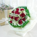 12 Red Roses & Sweet William Flowers Handbouquet