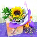 Sunflower and 3 Champagne Roses Handbouquet