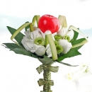 Apple White Roses Bouquet